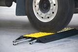 Nuovo design di rampa proteggi cavo.